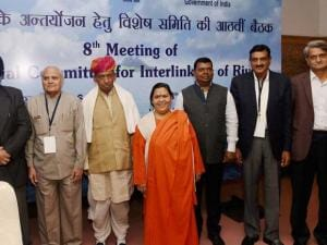 Union Minister of Water Resources  Uma Bharti, MoS WR, RD and GR, Sanwar Lal Jat,  Water Resources Ministers from States and others during the 8th  meeting of the Special Committee for Interlinking of