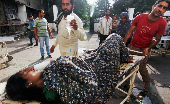 injured woman, Government Medical College Hospital, firing,  Pakistani side, border, Jammu