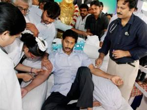 YSRC President YS Jaganmohan Reddy is checked by doctors