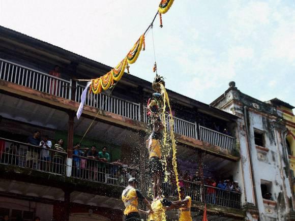 Janmashtami festival, Dahi Handi festival, Dahi Handi, Dahi Handi photos, Lord Krishna, Krishna Jayanthi, Mumbai
