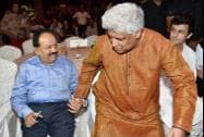 Union Health Minister Harsh Vardhan and lyricist Javed Akhtar at the launch of a public service message