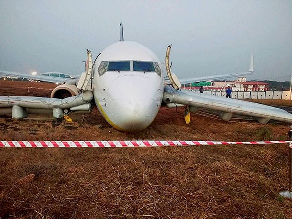 Jet Airways, skid off, Dabolim, Goa
