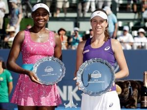 Johanna Konta and Venus Williams after the final in the Bank of the West Classic tennis tournament