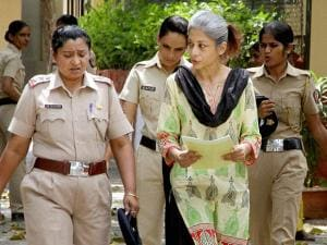 Sheena Bora Murder case accused Indrani Mukerjea being taken to the Session Court in Mumbai (3)