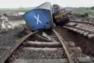 Kamayani Express, Janata Express derail in Madhya Pradesh