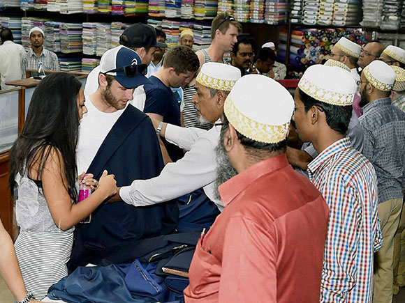 Garments shop, Kane Williamson, New Zealand captain, Kolkata