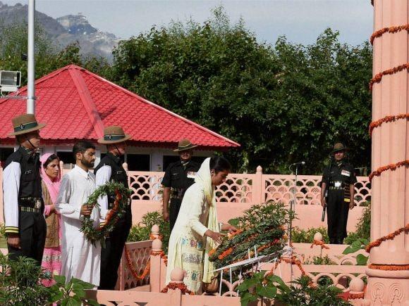 Kargil, Kargil War, 16th Anniversary, Amar Jawan, Amar Jawan Jyoti, Jammu and Kashmir