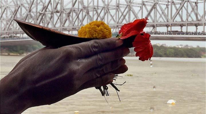 Devotees, offer, Tarpan, Mahalaya, bank of River Ganga, Kolkata