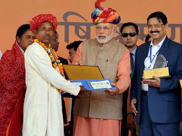 Krishi Karman Award, Narendra Modi, Vasundhara Raje