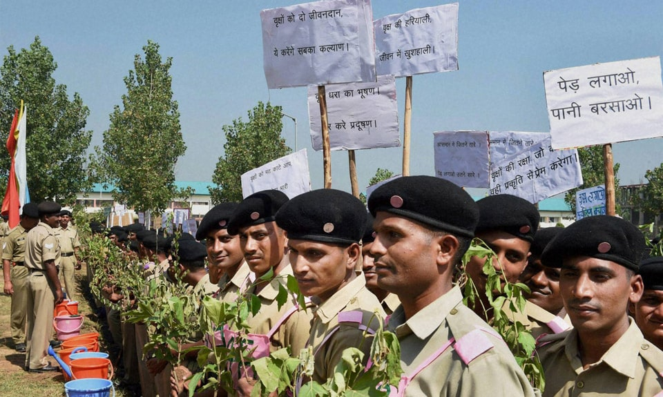 Senior, BSF officers, launch, plantation, drive,My Earth My Duty, Pan India Plantation, Frontier, Headquarters, Humhama, Srinagar, 18500, different, saplings, planted, drive, Kashmir Valley
