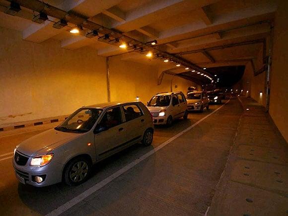 Chenani Nashri tunnel, Patnitop Tunnel, Jammu-Srinagar, longest tunnel, daylighting, Chenani Nashri stretch