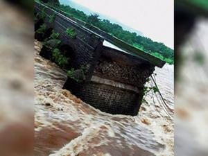The Mahad-Poladpur bridge that was washed away by the flood waters of Savitri river