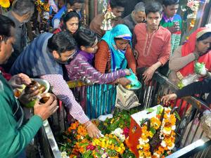 Devotees worshiping Lord Shiva on the occasion of Mahashivaratri in Moradabad