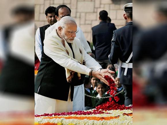 Mahatma Gandhi, death anniversary, Narendra Modi, Pranab Mukherjee, Sonia Gandhi, L K Advani