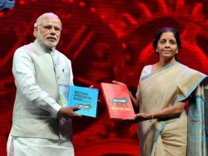 Prime Minister Narendra Modi and Commerce Minister Nirmala Sitharaman at the Make in India Centre in Mumbai