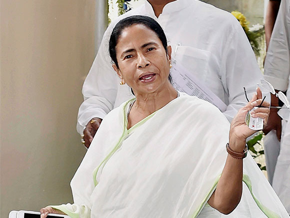 Mamata Banerjee, doctors, private hospitals, nursing homes, West Bengal