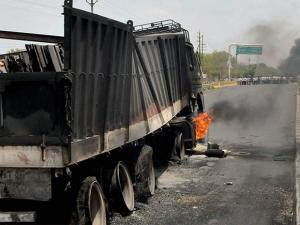 Farmers' agitation turns violent as they torch trucks at Mhow-Neemuch Highway