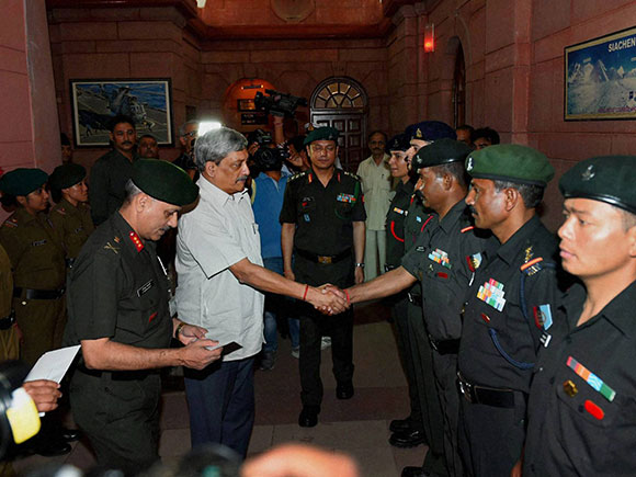 Manohar Parrikar, manohar parrikar news, manohar parrikar speech, manohar parrikar wiki, NCC, National Cadet Corps, Mt. Everest, Everest