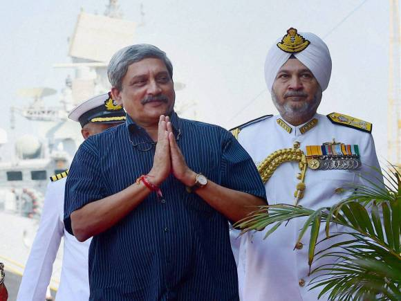 Manohar Parrikar, INS Kochi, Navy chief Admiral, R K Dhowan, Cheema, Western Naval Command