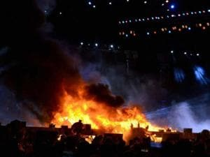 A massive fire broke out on Stage during a cultural event at the Make In India week in Mumbai 04