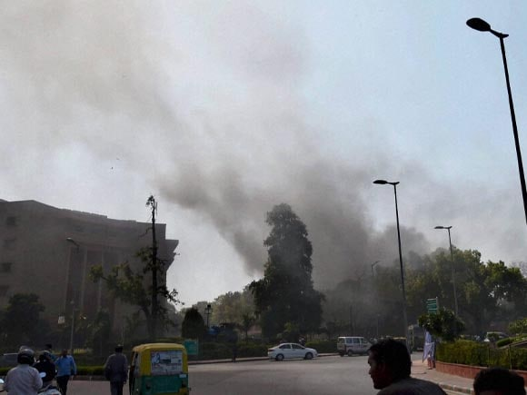 Parliament, Parliament Complex, Fire, Massive Fire,  Security Personnel, New Delhi, Smoke, AC plant