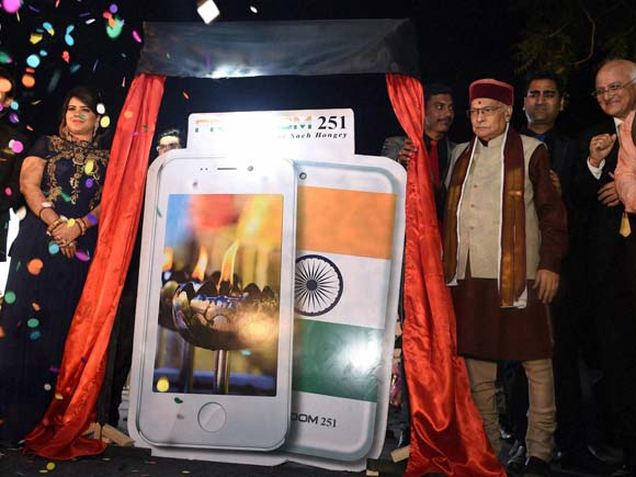 Freedom 251, Freedom 251 launch, 251 rupees, Ringing Bells, Cheapest Smartphone, Mobile, Murli Manohar Joshi