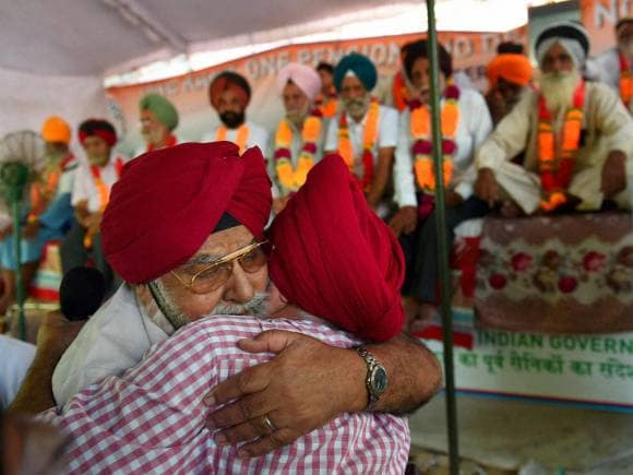 OROP scheme, General Satbir Singh, Ex-servicemen, OROP, one rank one pension, Modi Government, Jantar Mantar, New Delhi