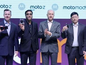 Launch of Moto Z Play and Moto Mods smartphones in India