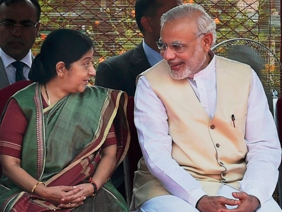 Prime Minister of India, Narendra Modi, Mozambique President, India, Filipe Nyusi, Sushma Swaraj, President of Mozambique, Rashtrapati Bhavan, New Delhi