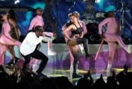 Ty Dolla Sign and Tinashe perform at the MTV Movie Awards at the Nokia Theatre