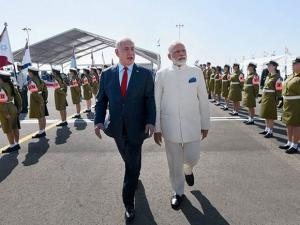 Narendra Modi being received by the Prime Minister of Israel,  Benjamin Netanyahu