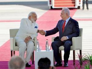 Prime Minister Narendra Modi  and Israeli Prime Minister Benjamin Netanyahu