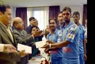 Felicitate members of Indian Blind Cricket team on whinning the Blind Cricket World Cup - 2014