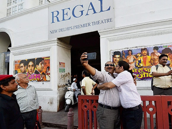 Regal Cinema, Connaught Place, theatre, Mera Naam Joker, Sangam, Raj Kapoor, Movie buffs, theatre, Cinema
