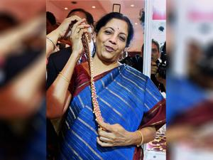 Nirmala Sitharaman inaugurates the MMTC Festival of Gold
