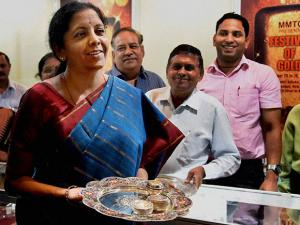 Union Minister Nirmala Sitharaman inaugurates the MMTC Festival of Gold