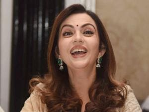 Nita Ambani strikes a candid pose after she was presented  'Pravinchandra V Gandhi award'