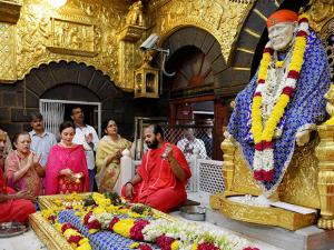 Mumbai Indians team owner Nita Ambani paying obeisance at Saibaba temple in Shirdi