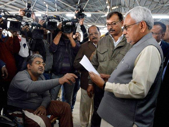 Nitish Kumar, Janata Ke Darbar 2016, Bihar Politics, Janata Ke Darbar, Bihar CM, Bihar, Lalu Prasad Yadav, RJD, JDU, Politics