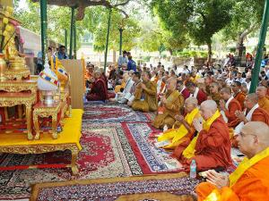 Buddhist monks and devotees from 39 countries on the occasion of 5th International Buddhist Concalave