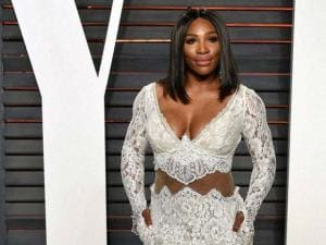 Serena Williams arrives at the Vanity Fair Oscar Party