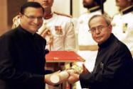 President Pranab Mukherjee presents Padma Bhushan to Rajat Sharma during Padma Awards 2015