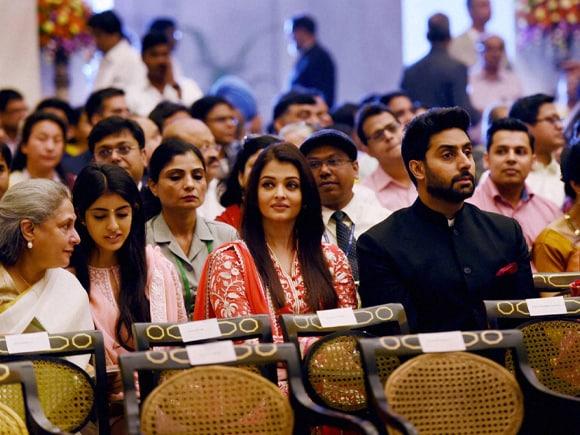 Jaya Bachchan, Abhishek Bachchan, Aishwarya Rai Bachchan