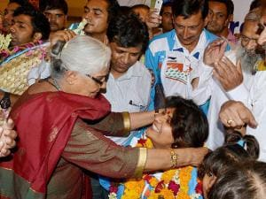 Rio Paralympics silver medallist Deepa Malik being welcomed at airport