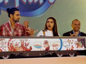 Bollywood actress Parineeti Chopra and actor Kunal Kapoor during a promotional event in New Delhi (2)