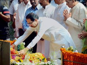 Uddhav Thackeray pays tribute to his father, party Supremo Balasaheb Thackray