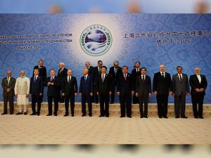 Narendra Modi poses for the picture at family picture of Shanghai Cooperation Organisation.