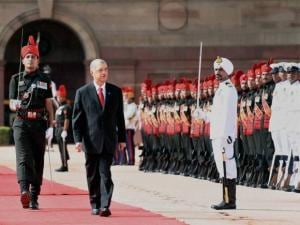 President of the Seychelles, James Alix Michel inspects Guard of Honour at Rashtrapati Bhawan