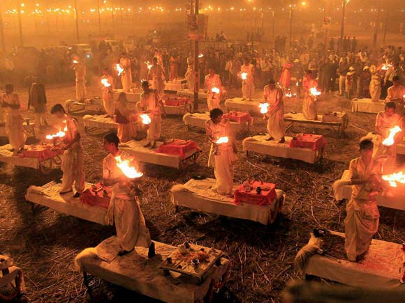 Magh Mela , Allahabad,Business Standard, Picture, Photos