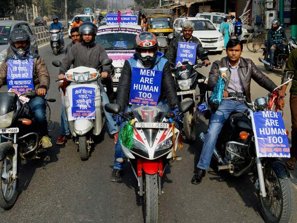 Save Indian Family, activists , rally, Gurgaon,Business Standard, Picture, Photos